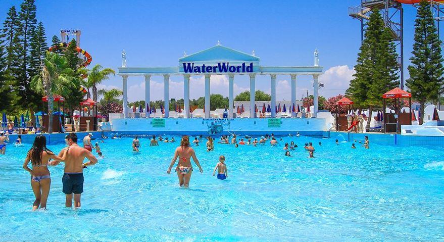 Аквапарк Айя Напа на Кипре WaterWorld