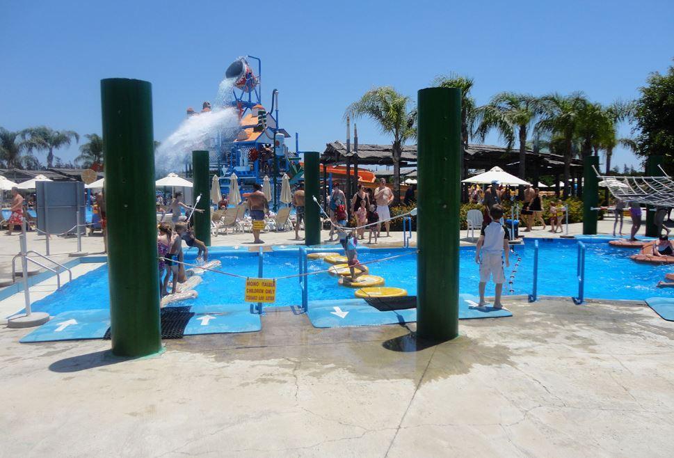 Аквапарк Фасури в Лимассол на Кипре