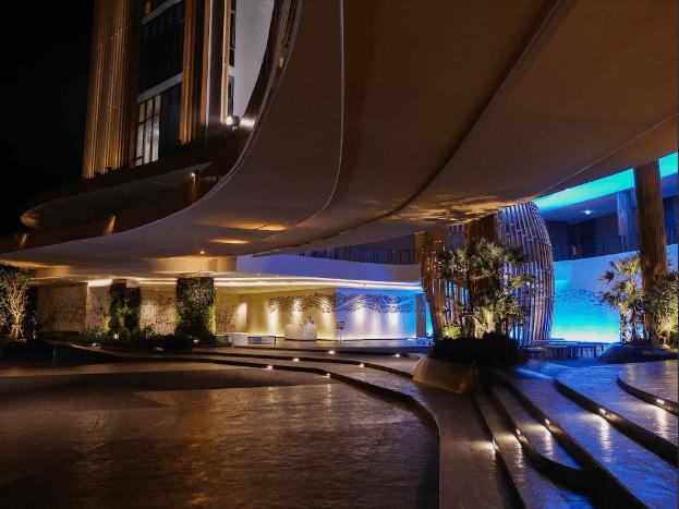 Отель Holiday inn Resort Vana Nava
