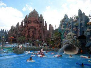 Вьетнамский аквапарк Suoi Tien